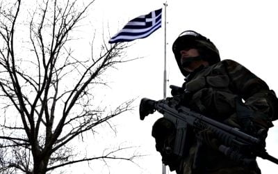 """Το χρονικό του """"υβριδικού"""" πολέμου στον Έβρο και στα νησιά του Αιγαίου"""
