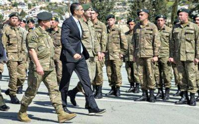 Ιχνηλάτηση, απολυμάνσεις και αγωνία στην Εθνική Φρουρά