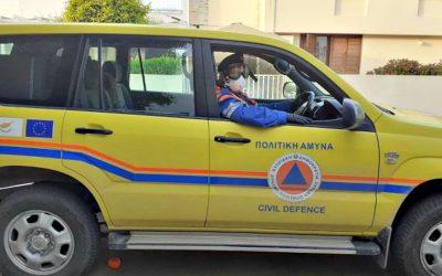 Προσωπικό και εθελοντές Πολιτικής Άμυνας συνδράμουν στον αγώνα για περιορισμό του COVID-19