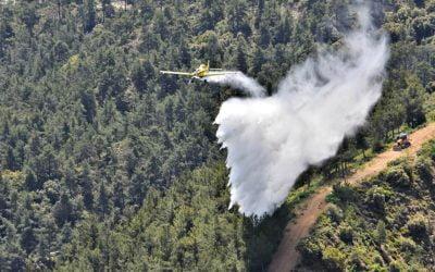 Καθοριστική η συμβολή των δύο πτητικών μέσων της Δημοκρατίας για των περιορισμό των πυρκαγιών στα κατεχόμενα