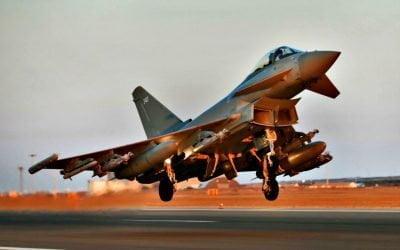 Βρετανικές αεροπορικές επιθέσεις κατά ισλαμιστών στο Ιράκ από τη βάση Ακρωτηρίου | VIDEO