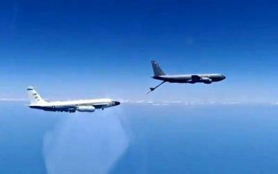 Ρωσικά Su-27 αναχαίτισαν αμερικανικά αεροσκάφη RC-135 και P-8A Poseidon στη Μαύρη Θάλασσα | VIDEO