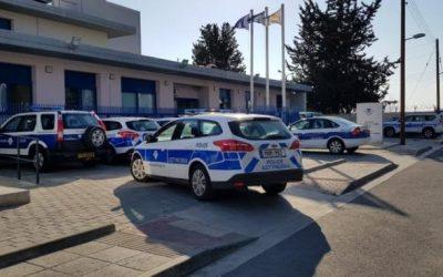 Θετικός στον COVID-19 αστυνομικός που υπηρετεί στον αστυνομικό σταθμό Κουκλιών