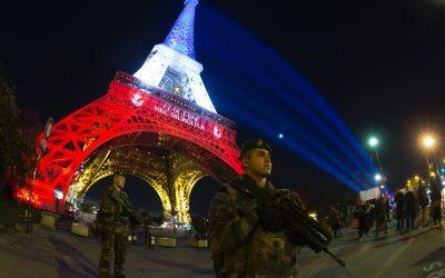 Επιθέσεις υποκινούμενες από θρησκευτικό μίσος | To χρονικό των επιθέσεων Οκτωβρίου στη Γαλλία και η ελευθερία της έκφρασης – VIDEO