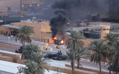 Ρουκέτες εναντίον της Πρεσβείας των ΗΠΑ στη Βαγδάτη, 5 τραυματίες, ένα κοριτσάκι νεκρό – VIDEO