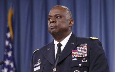 Τον στρατηγό Λόιντ Όστιν επέλεξε για τη θέση του υπουργού Άμυνας ο Μπάιντεν – VIDEO