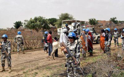 Σουδάν | Τουλάχιστον 250 νεκροί, 100.000 εκτοπισμένοι στις συγκρούσεις στην περιοχή Νταρφούρ σύμφωνα με τον ΟΗΕ
