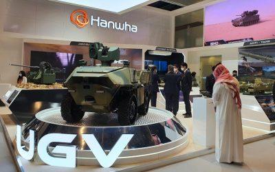 IDEX 2021 | Η Hanwha Defense κλέβει την παράσταση με τα μη επανδρωμένα οχήματα και τον ελαφρύ RCWS – Φωτογραφίες & VIDEO