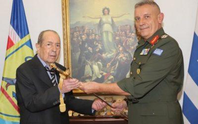 Εθνικός ευεργέτης |  Ο Ιάκωβος Τσούνης δώρισε 23 εκατ. ευρώ και 60 σκάφη στις Ένοπλες Δυνάμεις