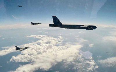 «SPARTAN SWORD» | Βομβαρδιστικό B-52 σε συνεκπαίδευση με ελληνικά F-16 – Φωτογραφίες