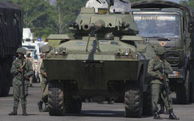 Απελευθερώθηκαν 8 στρατιωτικοί της Βενεζουέλας που είχαν αιχμαλωτίσει άτακτοι από την Κολομβία