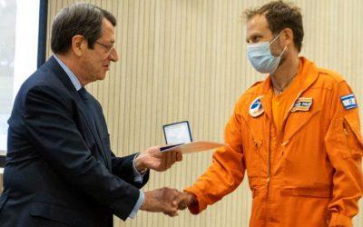 Πρόεδρος της Δημοκρατίας | Τίμησε τα μέλη της κυπριακής αποστολής που έδωσαν μάχη στην Ελλάδα